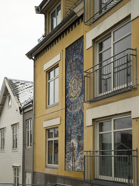 Marit Bockelie, Integrert mosaikk kunst i bygning Tromsø